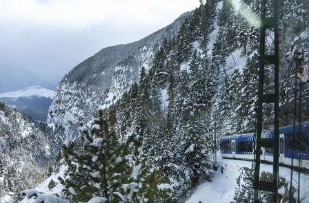 Especial Esquí: Escapada con acceso cremallera y forfait en Vall de Núria