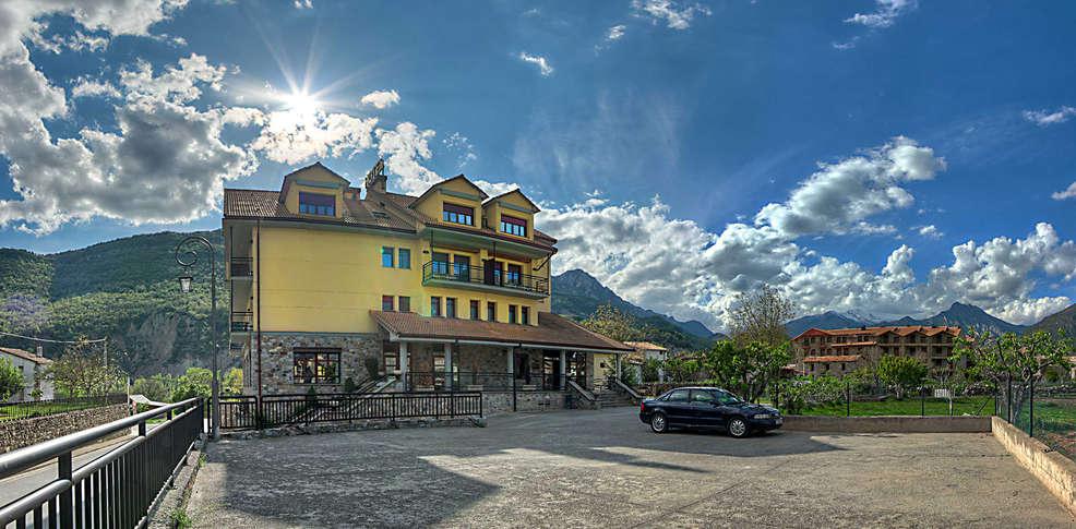 Hotel cotiella h tel de charme campo - Hotel de charme barcelone ...