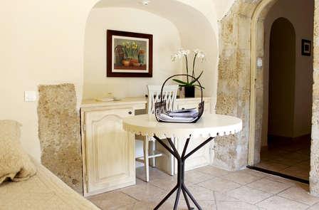 Douceur provençale dans une ancienne abbaye à Salon-de-Provence