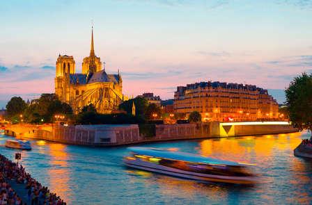 Relax in città a Parigi con giro in barca sulla Senna