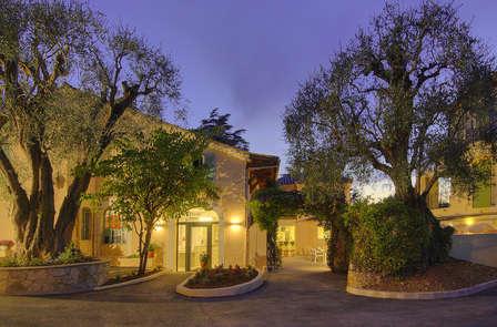 Offre spéciale : Week-end à Cannes dans un hôtel de charme (2 nuits)