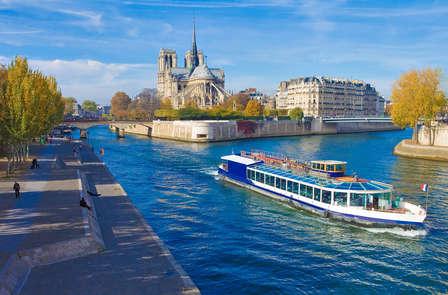 Scopri Parigi con un giro in barca sulla Senna