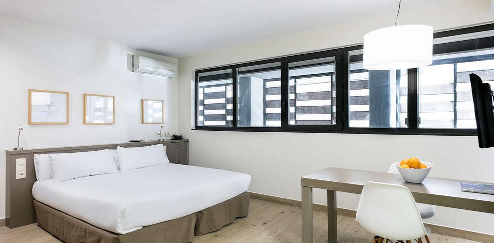 Aparthotel bcn montjuic h tel de charme barcelone for Aparthotel bretagne