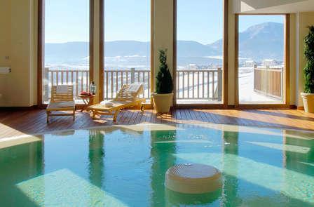 Cena y spa con vistas a los Pirineos en Jaca