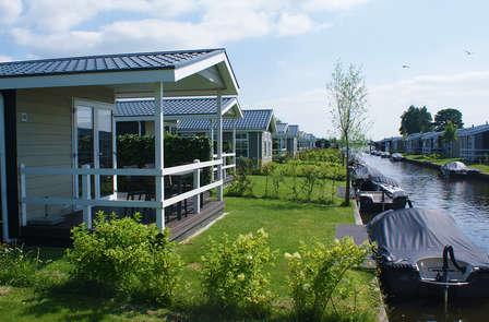 Geniet van rust en water in Vakantiepark Giethoorn (4 personen, niet annuleerbaar)