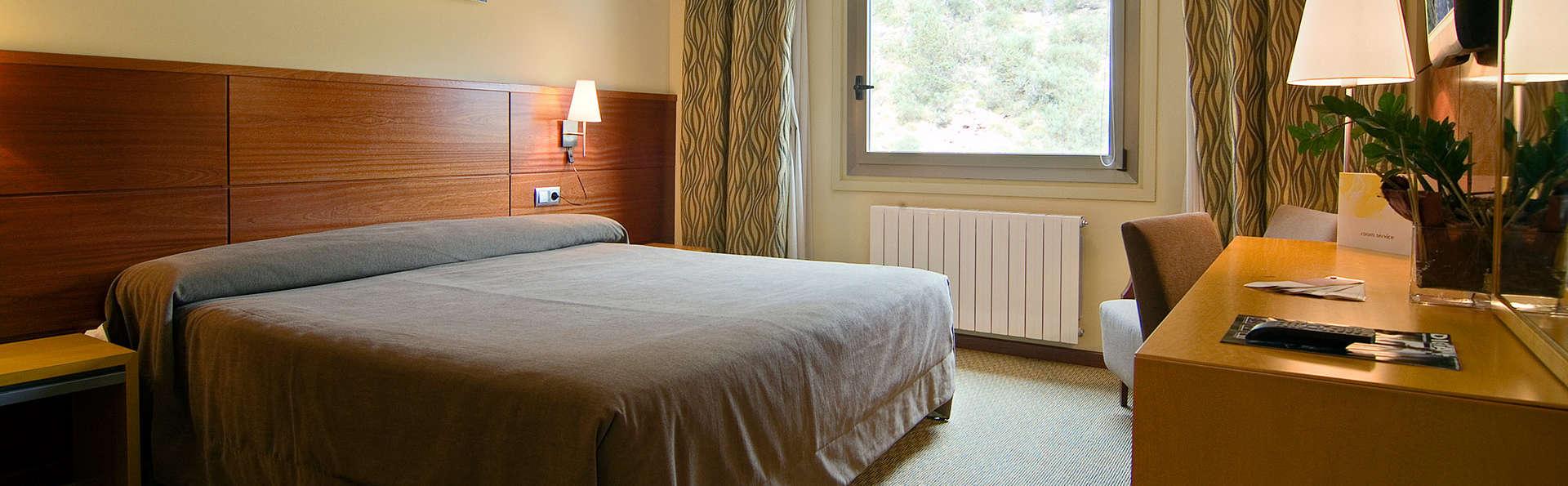 Hotel y Spa Sercotel La Collada - EDIT_room.jpg