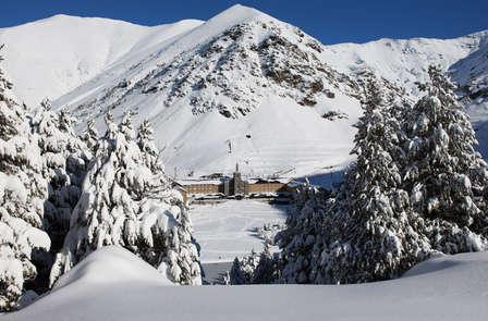 Descubre la Vall de Núria en cremallera (desde 2 noches)