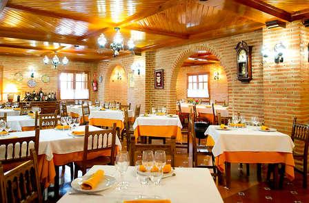 Visita a bodega y cena en la Vega del río Duero