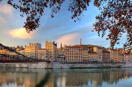 City-trip à Lyon, près des berges du Rhône