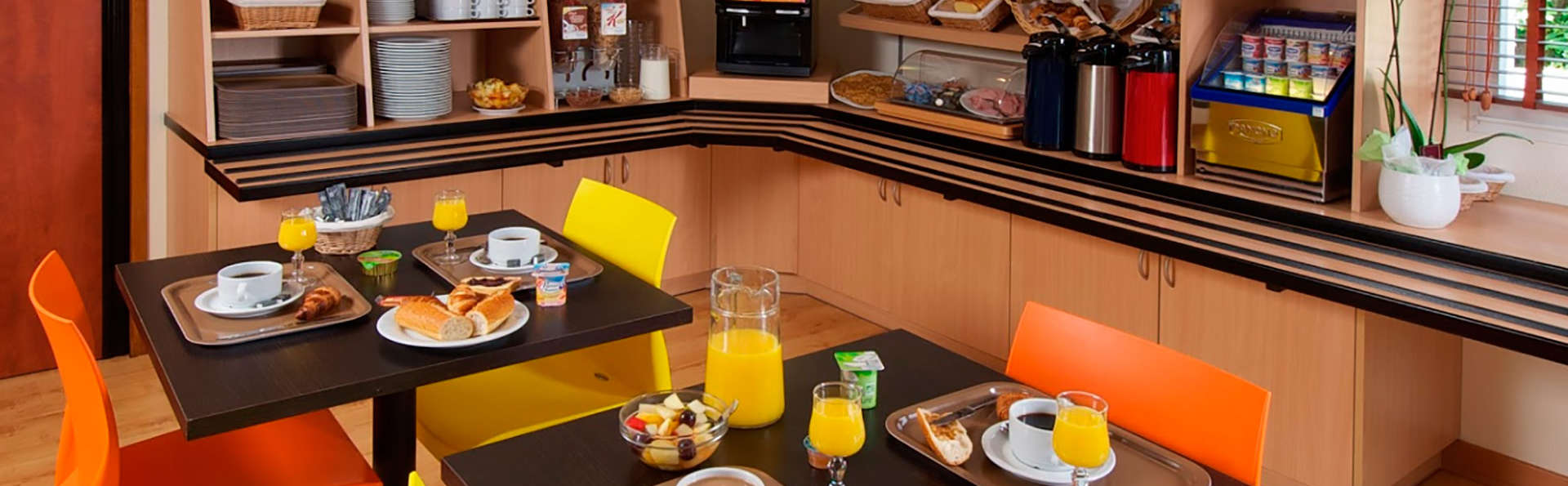 Kyriad Quimper - Pont-l'Abbé - EDIT_breakfast1.jpg