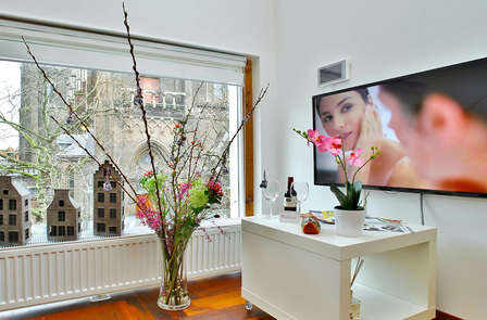 Een luxe appartement en diner in Delft