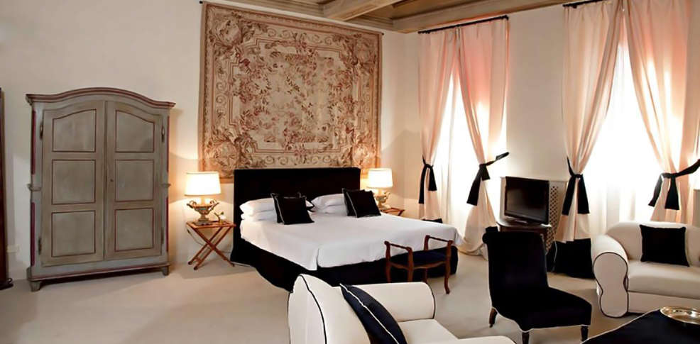 hotel j and j h tel de charme florence. Black Bedroom Furniture Sets. Home Design Ideas