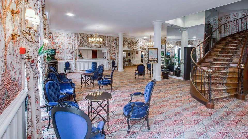 week end romantique toulouse avec bouteille de champagne partir de 285. Black Bedroom Furniture Sets. Home Design Ideas