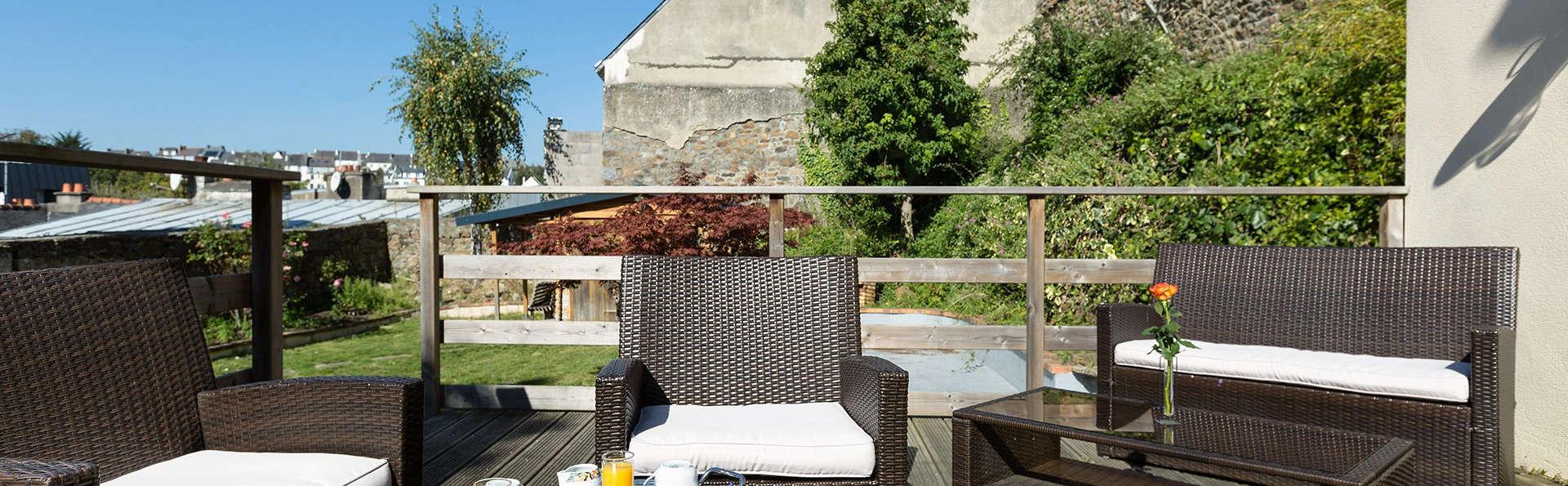 h tel de clisson saint brieuc hotel saint brieuc. Black Bedroom Furniture Sets. Home Design Ideas