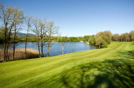 Escapada Especial Golf en el Campo Urturi con Green Fees y Picnic