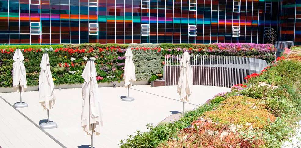 Hotel zenit jardines de uleta suites hotel vitoria gasteiz for Jardines de uleta