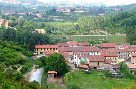 Nel verde del Piemonte alle porte di Alba