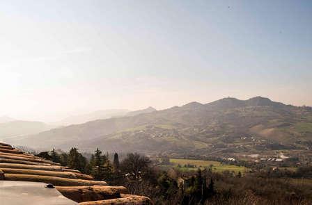 A due passi dalla città di San Marino in un hotel immerso nella Valmarecchia