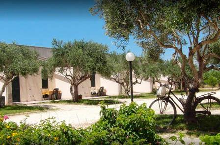 Nella bellissima campagna Siciliana a due passi da Marsala: 4 persone al prezzo di 2!