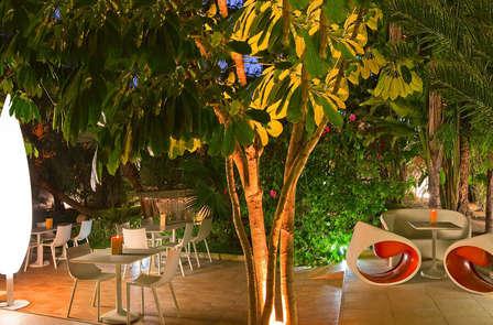 Oferta exclusiva: Escapada romántica con cena a la luz de las velas y Spa en Elche