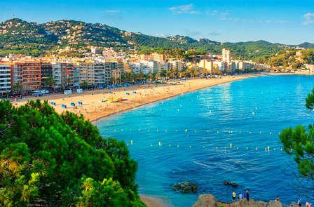 Abril y Mayo bajo el sol del Mediterráneo: Pensión completa y 2 niños gratis incluidos