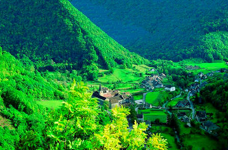 Natura e l'aria fresca tra le montagne del Giura