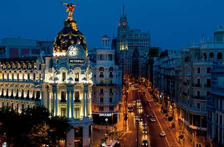 Romanticismo e bollicine nel quartiere madrileno di Salamanca