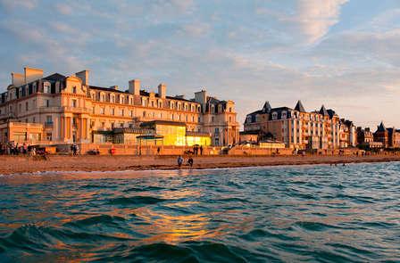 Week-end détente les pieds dans l'eau dans un hôtel 5* à Saint Malo, accès spa inclus!