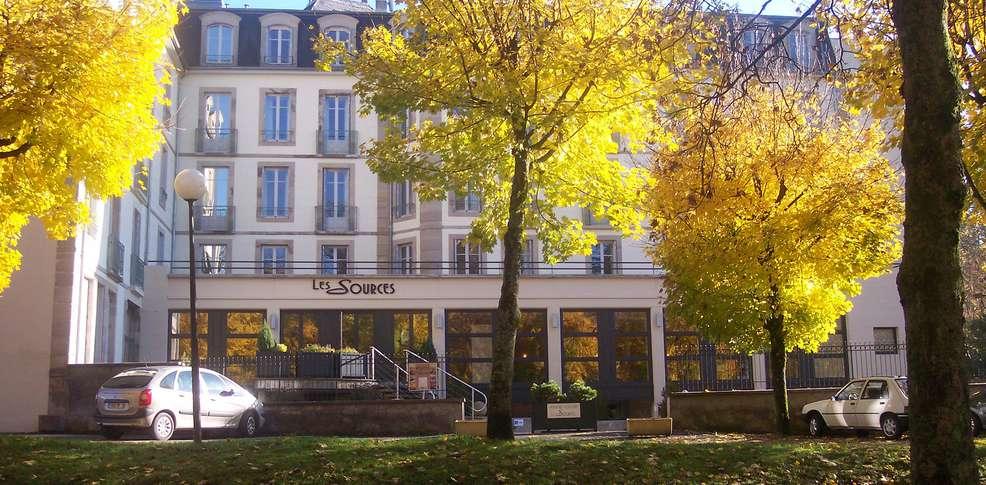 h tel r sidence les sources luxeuil les bains h tel de charme luxeuil les bains. Black Bedroom Furniture Sets. Home Design Ideas