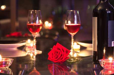 Romantiek in Brussel met diner, spa en cava