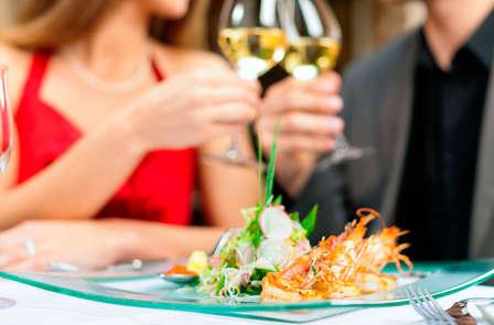 Placer Termal en Pareja: Escapada con circuito termal y cena romántica delante del Mediterráneo
