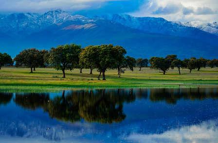 Escapada con acceso al spa y vistas a la Sierra de Gredos