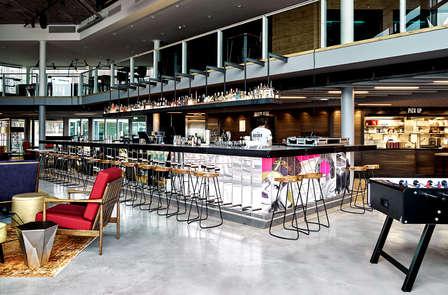 Alójate en un hotel-boutique de lujo en Amsterdam