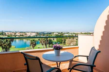 Escapada relax: Un Oasis en medio de Alicante