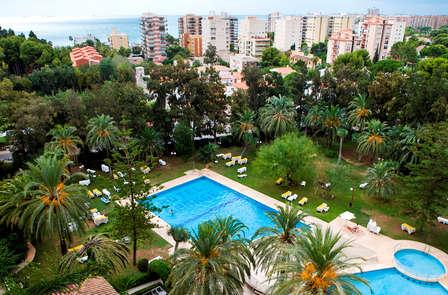 Verano de lujo: mini vacaciones en Benicassim en pensión completa y con ¡niño gratis!