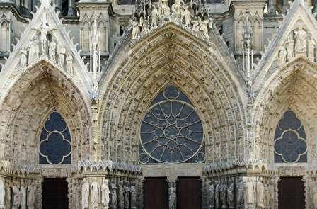 Partez à la découverte de Reims