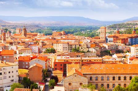 Escapada con cena a 30 minutos de Teruel en Mora de Rubielos (desde 2 noches)