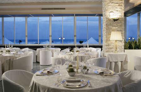 Dîner et chambre avec vue sur la mer à Lido di Jesolo (non remboursable - 3 nuits)