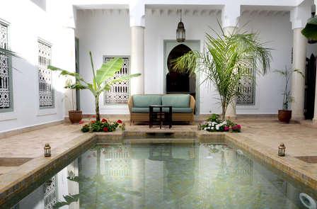 Una pausa di dolcezza in un Riad a Marrakech