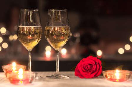 Oferta con cena romántica y ¡deja la habitación a las 17 de la tarde! (desde 2 noches)