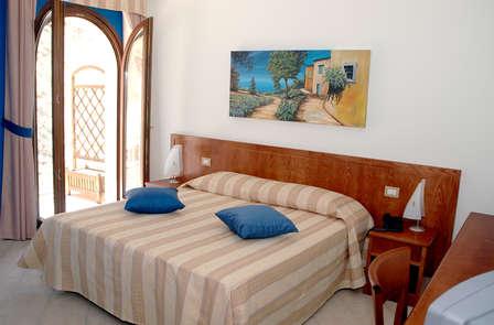 Soggiorno perfetto per coppie e famiglie in Calabria con bambino gratis (da 3 notti)