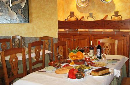 Oferta con cena y detalle gastronómico en Villafamés