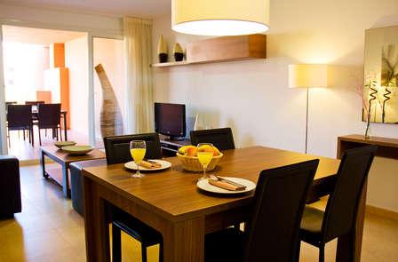 Escapada en apartamento de lujo con cocina y terraza privada (hasta 2 niños gratis)