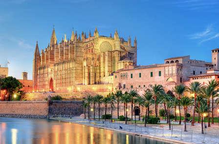 Escapada a Mallorca con vistas al mar y niño gratis
