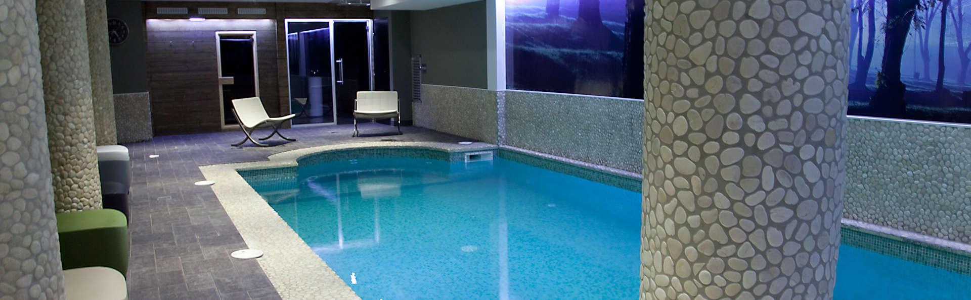 Week end spa aix les bains avec acc s l 39 espace d tente for Ligne 25 aix salon