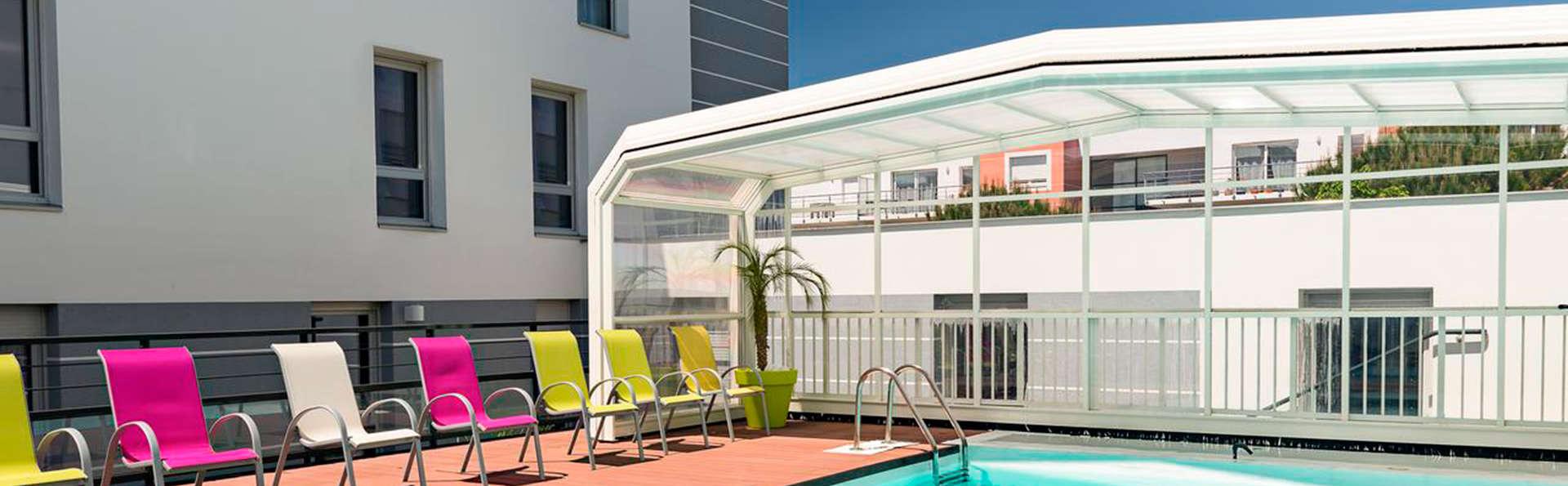 Appart 39 h tel l 39 escale marine charmehotel la rochelle for Appart hotel a poitiers
