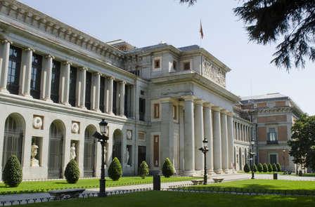 Visita Madrid con entrada al Museo del Prado, bus turísitico y botella de cava