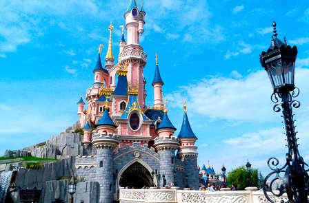 Escapada con acceso a Disneyland® (de 2 a 6 personas)