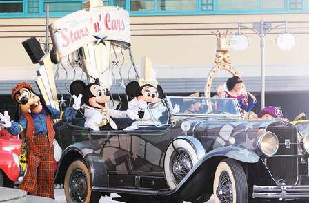 Magico weekend in famiglia con ingressi ai 2 parchi Disney® (1 giorno / 2 parchi)