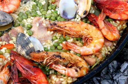 Escapada con cena típica valenciana en Santa Pola